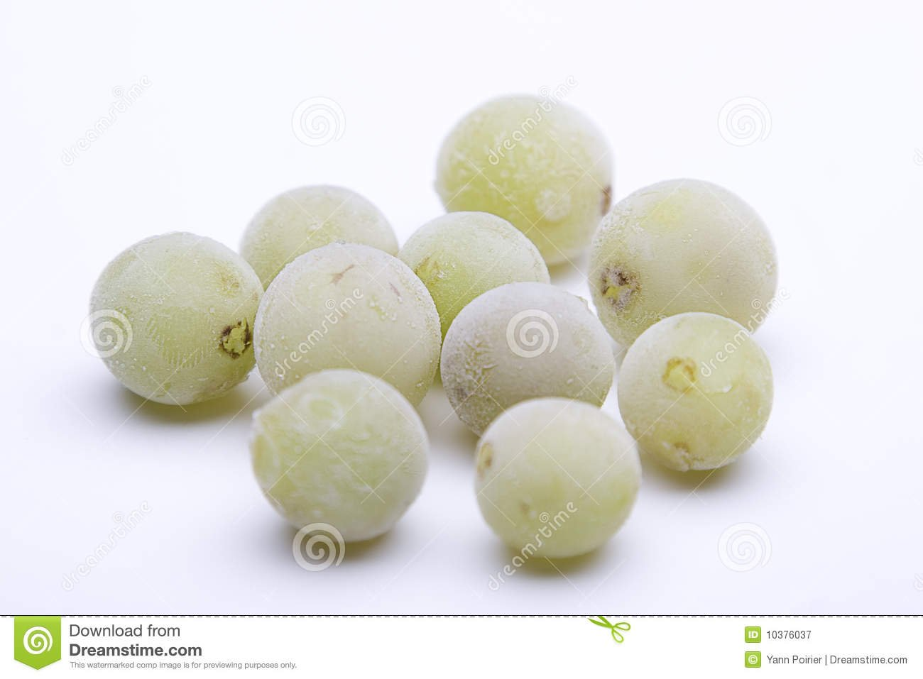 Frozen grapes for wine not watered down