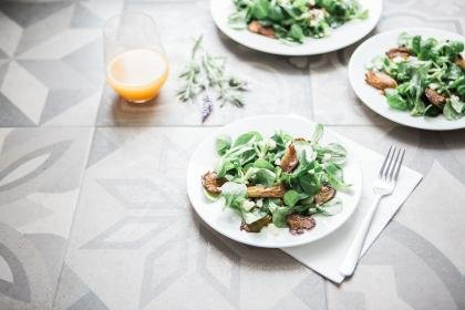Winter Arugula Pear Salad with Mandarin Oranges and Yogurt Dressing
