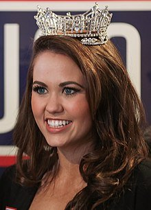 Cara Mund(/ˈkɑːrə/KAR-ə; born December 8, 1993) is an American beauty pageant titleholder fromBismarck, North Dakota. In June 2017, she was crownedMiss North Dakota2017. On September 10, 2017, she was crownedMiss America2018 inAtlantic Cityand became the first contestant from North Dakota to win the competition.